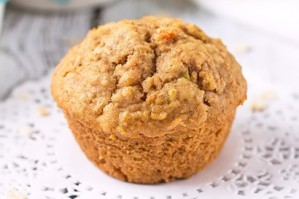 Carrot-and-Apple-Oat-Muffins-by-Annie-410x273